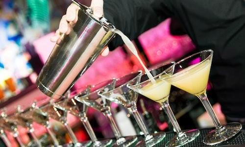 CityGames Hannover JGA Frauen Tour:  Junggesellinnenabschied da dürfen Cocktails nicht fehlen